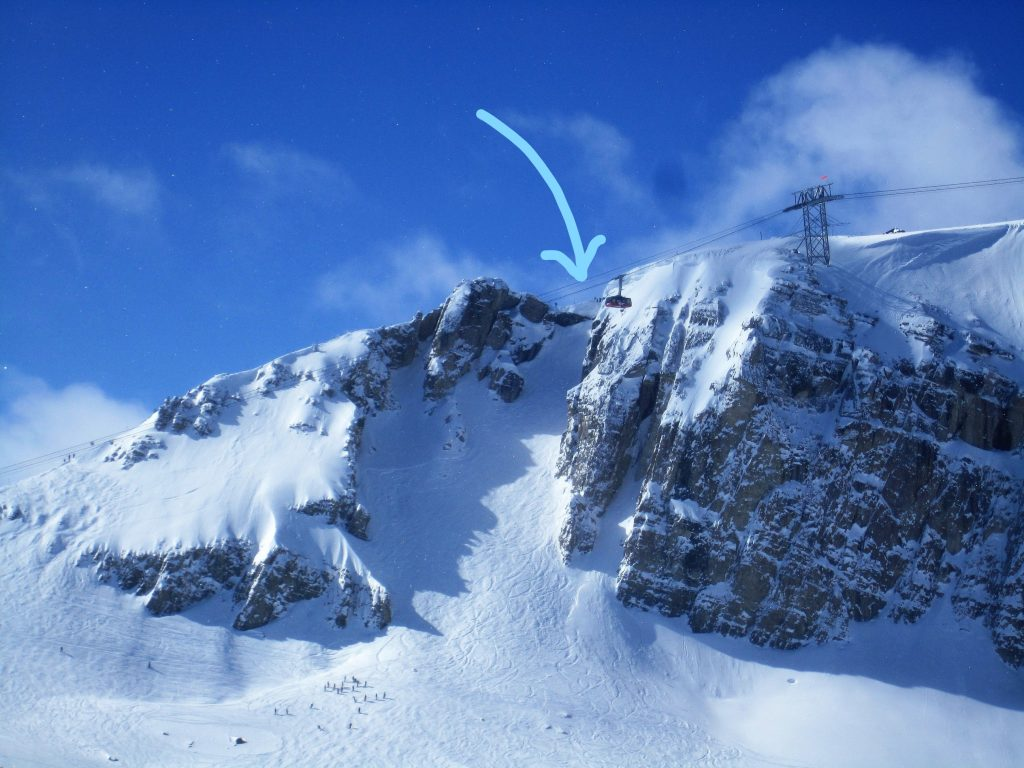 Arrow points to Corbets Couloir For the King and Queen Event
