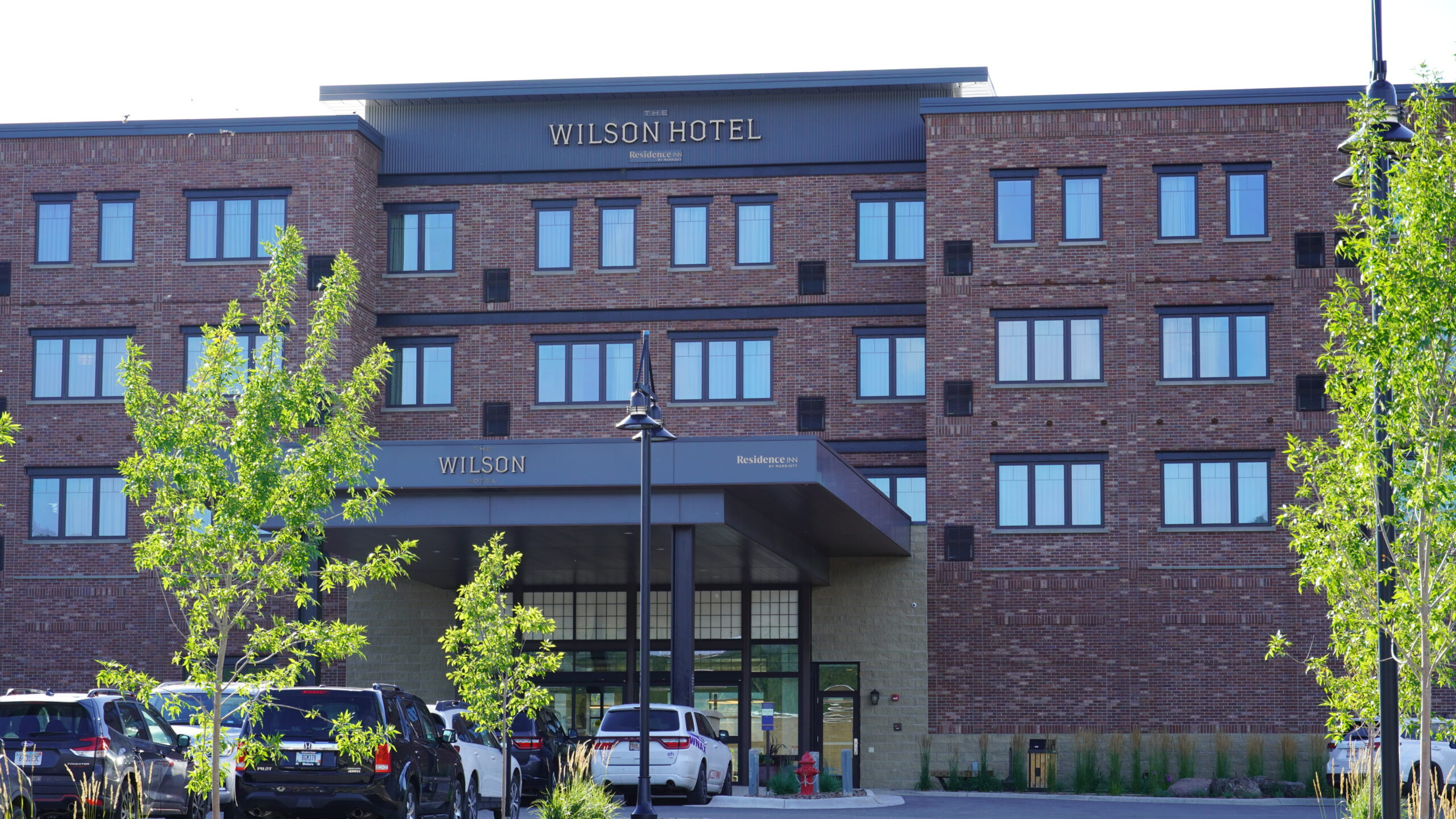 Wilson Hotel Front